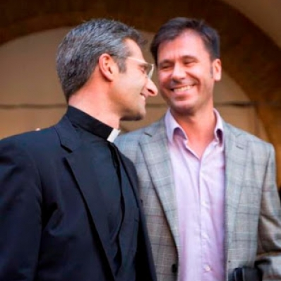 I Am a Happy and Proud Gay Priest